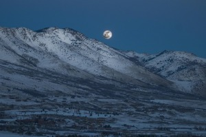 mountains-snow-moon-845023-print